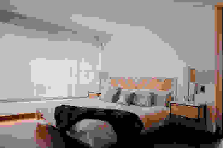 Apto Rema Habitaciones de estilo ecléctico de Redesign Studio Ecléctico