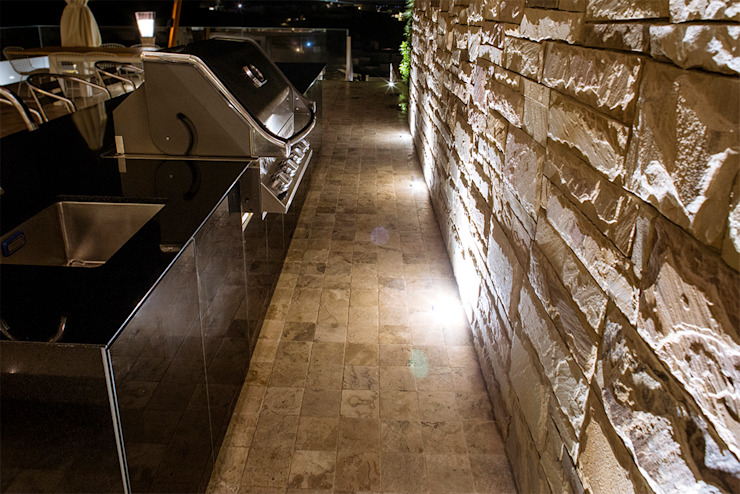 CASA TERRAZA Paredes y pisos de estilo moderno de Chetecortés Moderno