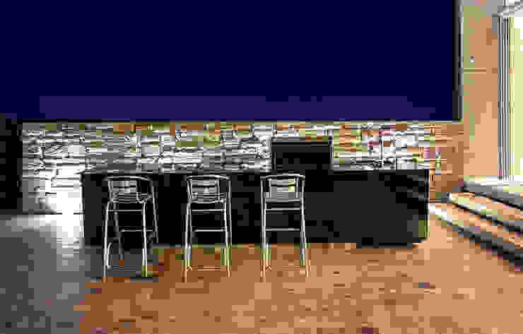 CASA TERRAZA Balcones y terrazas modernos de Chetecortés Moderno