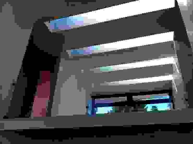 casa unifamiliar de PICHARA + RIOS arquitectos Moderno Concreto reforzado