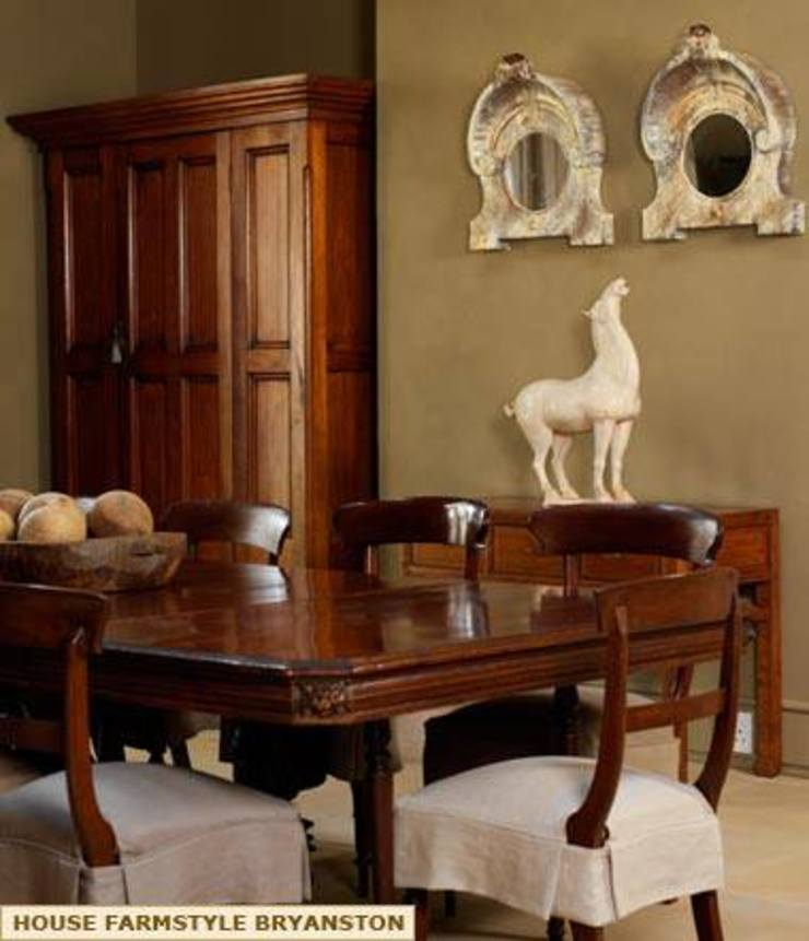 DINING AREA Colonial style dining room by Kiara Tiara by Tanja Tomaz Colonial