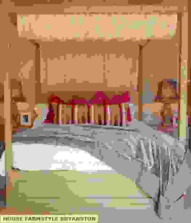 BEDROOM DESIGN. Colonial style bedroom by Kiara Tiara by Tanja Tomaz Colonial