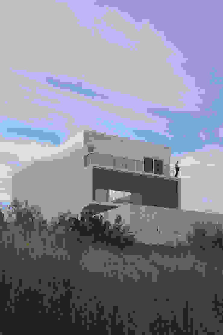 AWA arquitectos Single family home White