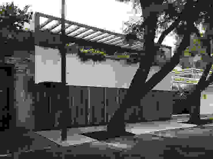 Single family home by AWA arquitectos
