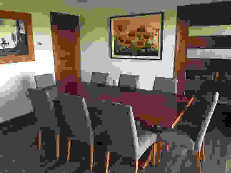 Comedor Comedores de estilo minimalista de Rocamadera Spa Minimalista