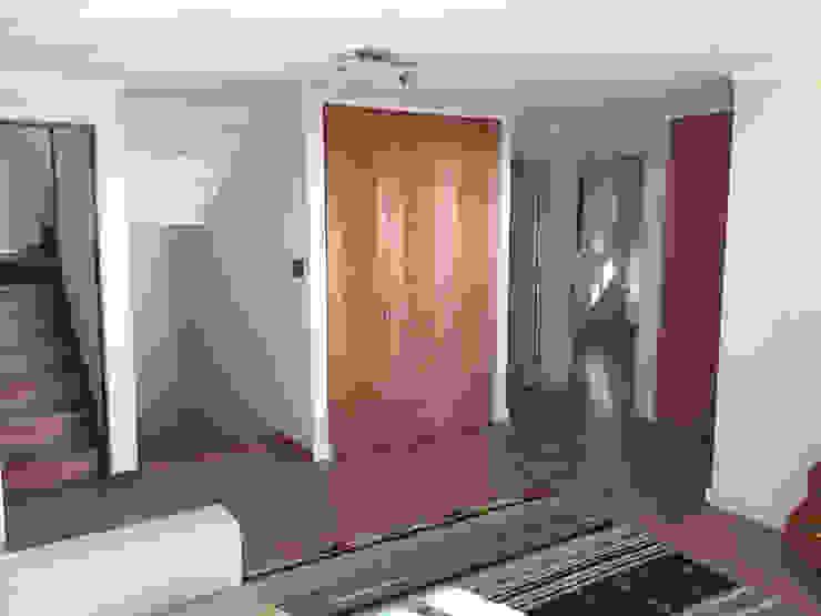 Sala de Estar Livings de estilo colonial de Rocamadera Spa Colonial
