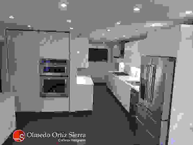 Cocinas Integrales Olmedo Ortiz Sierra 置入式廚房 刨花板