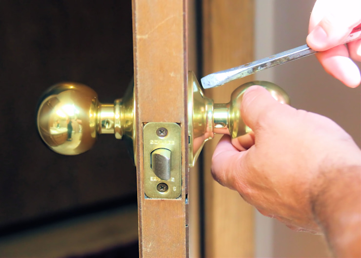 Affordable Door Lock Repairs by Locksmith Roodepoort