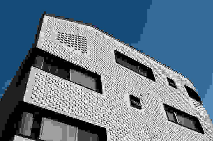 커빙스케이프_구리시 갈매동 562-4 상가주택 by AAG architecten 모던 벽돌