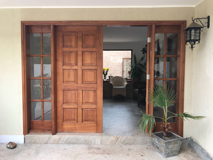Classic style doors by homify Classic