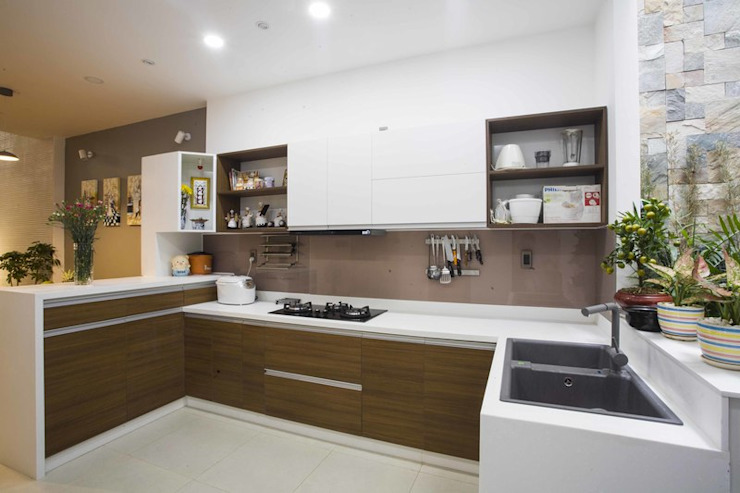 Tủ bếp bởi Công ty TNHH Xây Dựng TM – DV Song Phát