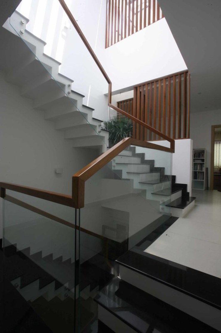 Thiết kế cầu thang đẹp bởi Công ty TNHH Xây Dựng TM – DV Song Phát