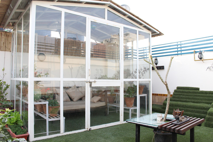 Terrace Garden at Defence Colony by Grecor Rustic