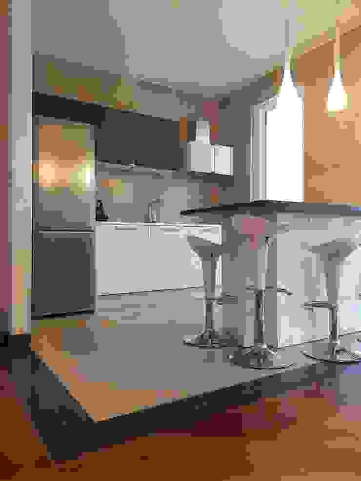 Cocinas de estilo ecléctico de Pamela Tranquilli Interior Designer Ecléctico