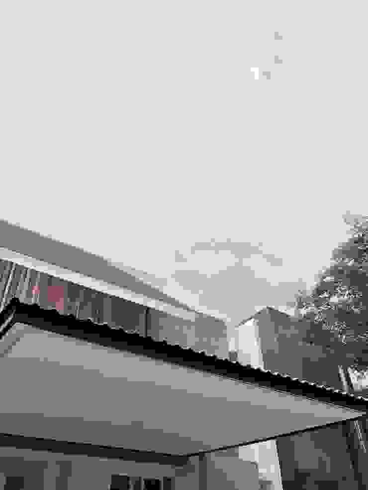 FZ House Oleh JSParchitect Modern Besi/Baja