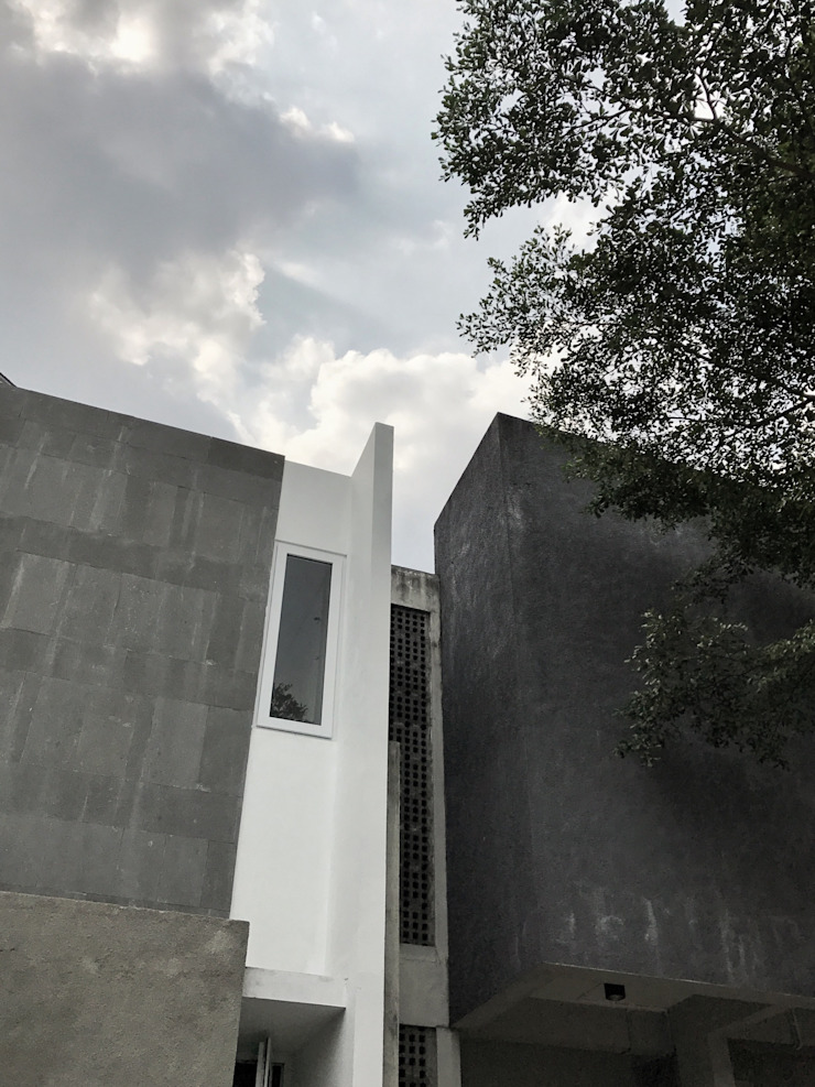 FZ House Oleh JSParchitect Modern Beton Bertulang