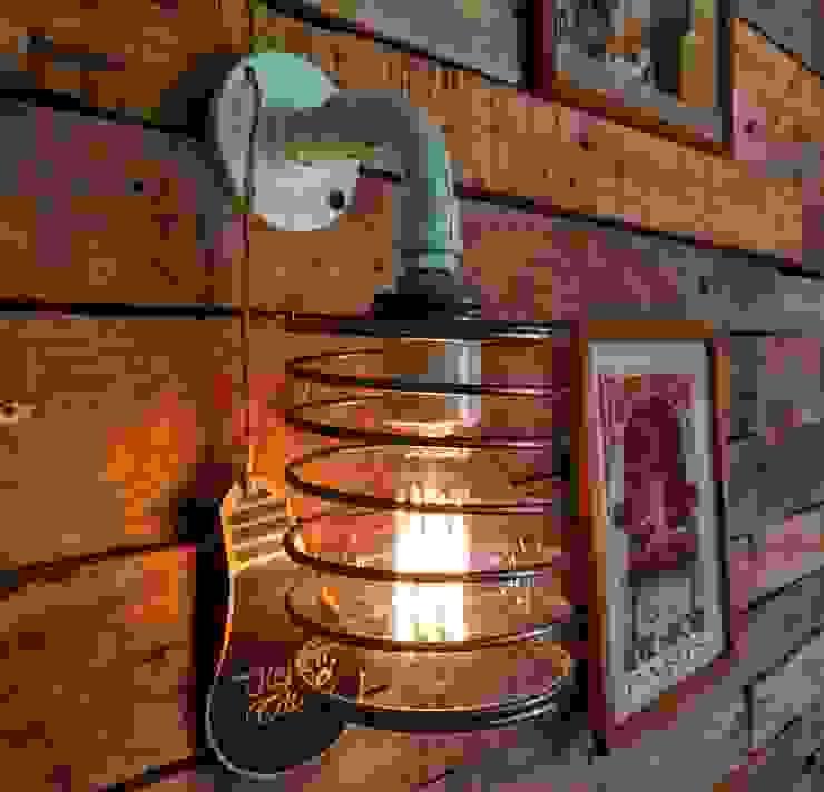 LAMPARA APLIQUE PARED COLOR OCEANO TIPO NORDICO INDUSTRIAL de Lamparas Vintage Vieja Eddie Escandinavo Hierro/Acero