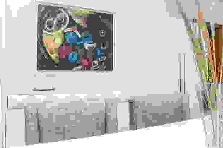 ORCHIDS LOFT by Alexandra Pedro Modern dining room Wood Green