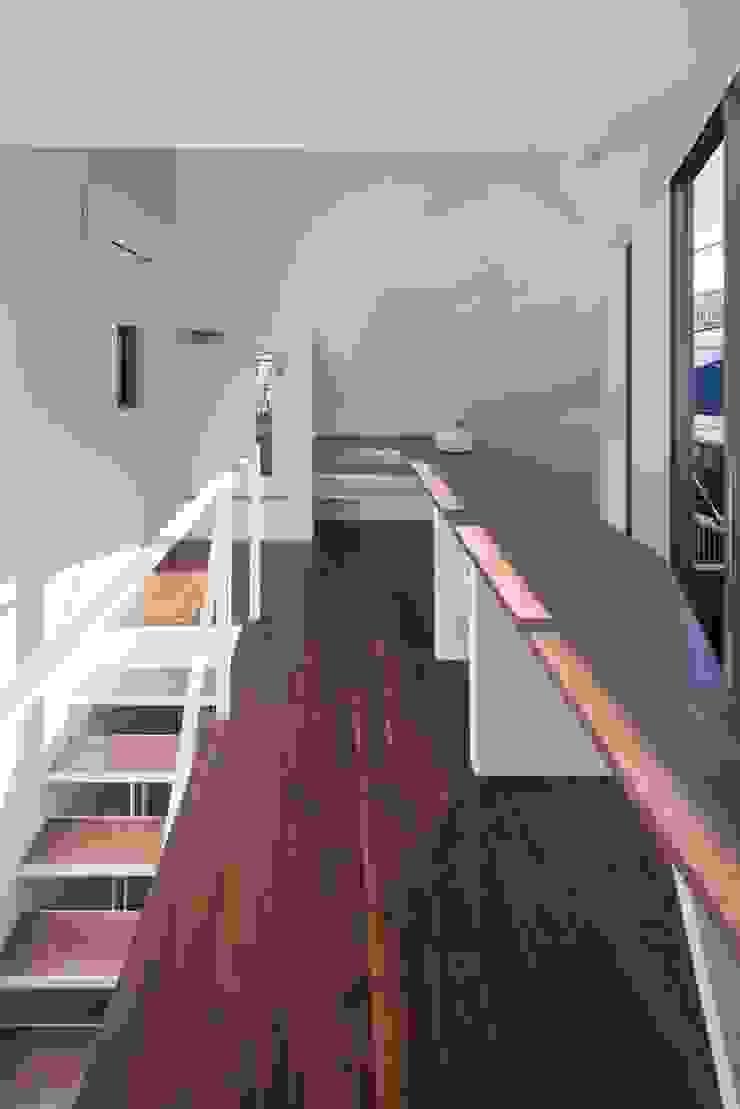 株式会社 ギルド・デザイン一級建築士事務所 Modern Study Room and Home Office