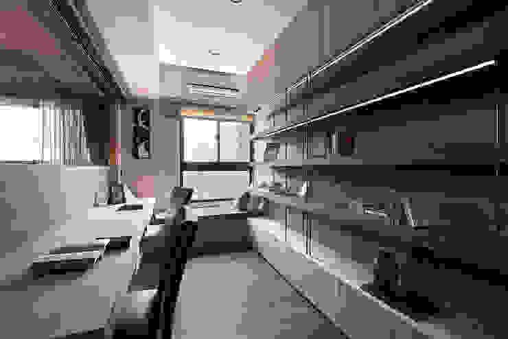 芸匠室內裝修設計有限公司 Study/office