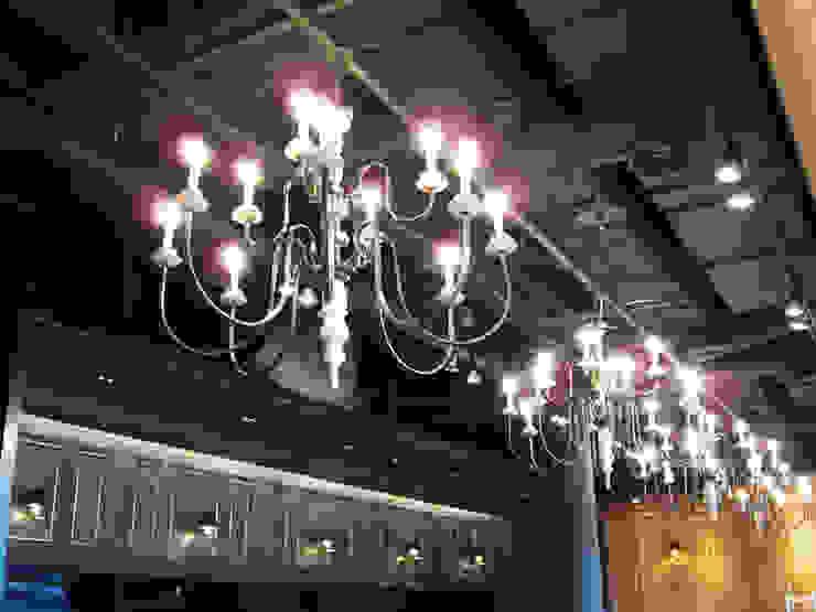 Chandelier:  國家  by ABOON custom lightings, 鄉村風