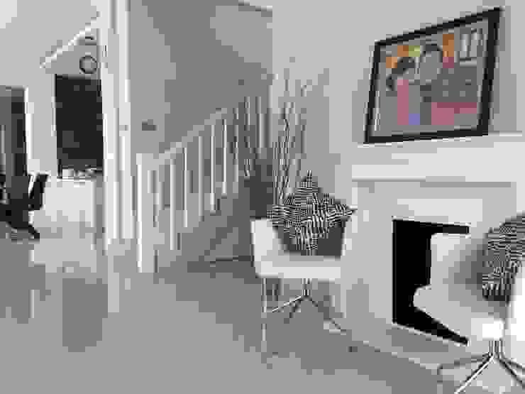 Foyer & Ruang Tamu Ruang Keluarga Tropis Oleh Lighthouse Architect Indonesia Tropis