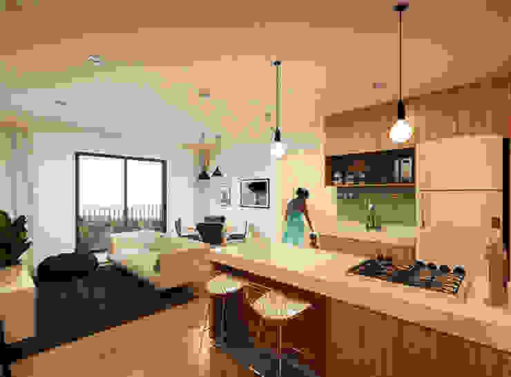 A Pino Arquitetos KitchenBench tops Wood White