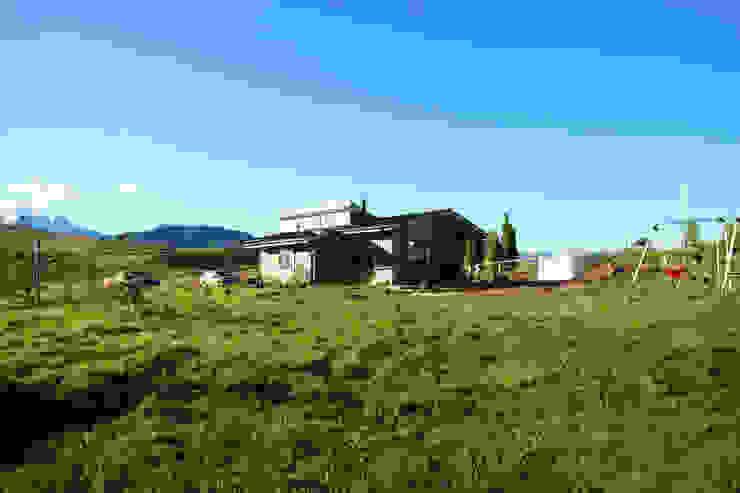 Fachada sur oriente de casa rural - Arquitectos en Coyhaique Rural