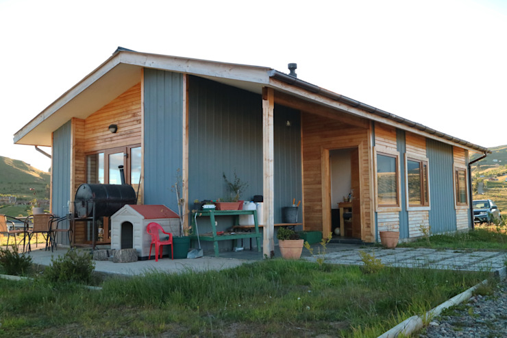 Fachada nor oriente de casa rural - Arquitectos en Coyhaique Rural