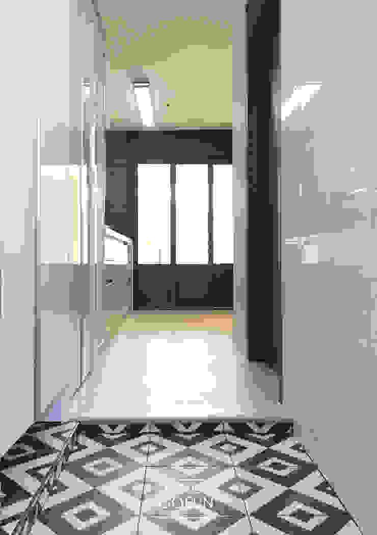 부천 미리내마을 네츄럴 모던하우스 모던스타일 복도, 현관 & 계단 by 디자인고은 모던 타일