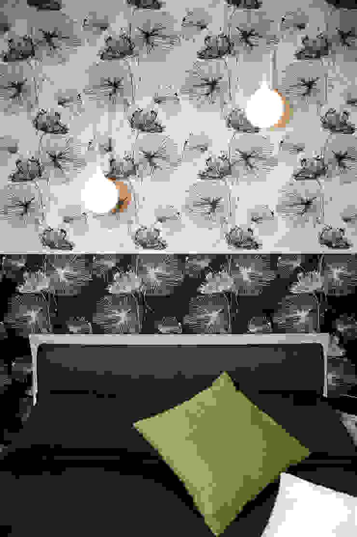 Chambre originale par Pamela Tranquilli Interior Designer Éclectique