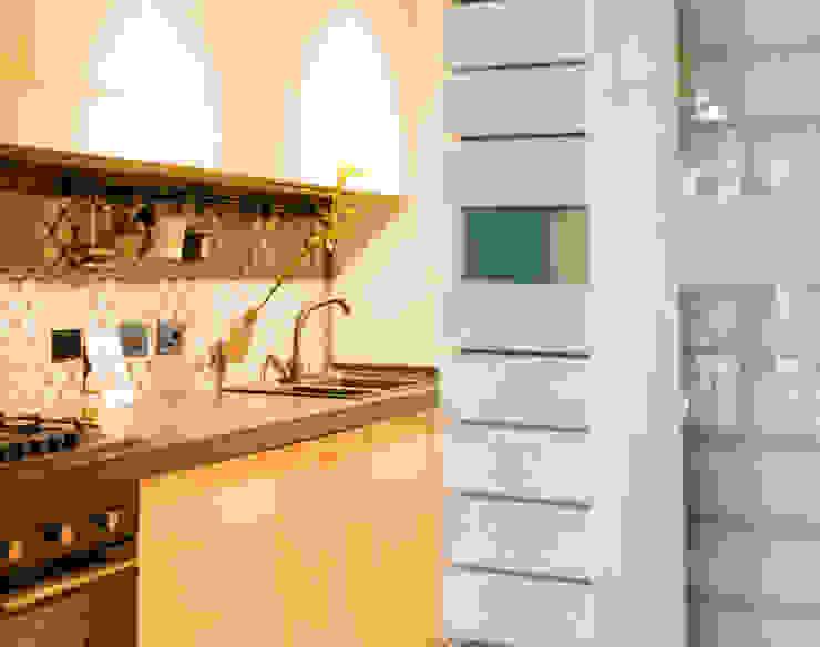 Modern Kitchen by VITAE STUDIO - architettura Modern