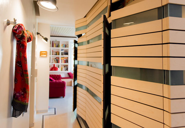 HOUSE #ABC Ingresso, Corridoio & Scale in stile moderno di VITAE STUDIO - architettura Moderno