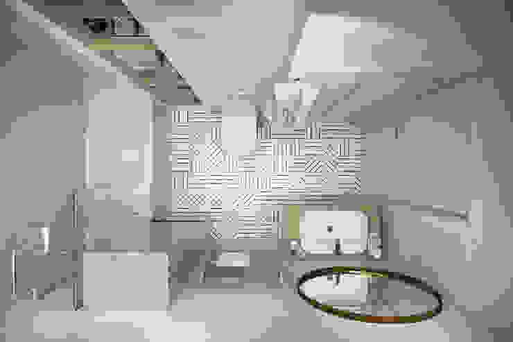 Квартира 45 кв.м. в скандинавском стиле в ЖК Рассказово. Ванная комната в скандинавском стиле от Студия архитектуры и дизайна Дарьи Ельниковой Скандинавский