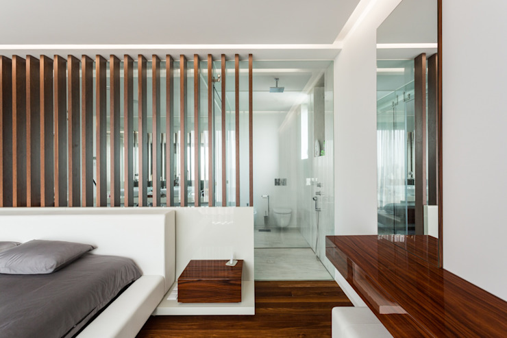 Risco Singular - Arquitectura Lda Camera da letto minimalista