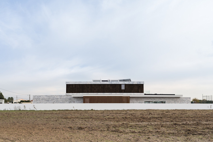 Risco Singular - Arquitectura Lda Case in stile minimalista