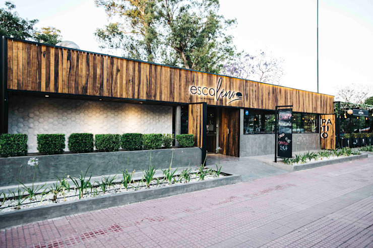 ESCALENO | The BURGBEER CO Gastronomía de estilo rústico de María Florencia Funes Rústico