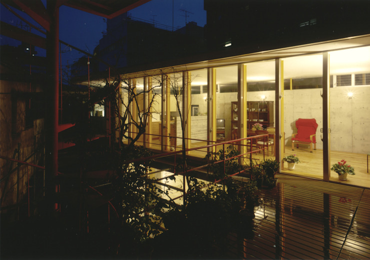 by 株式会社 ギルド・デザイン一級建築士事務所 Modern Wood Wood effect