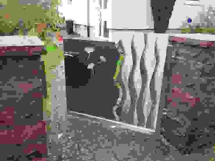 Ginkgotor von Edelstahl Atelier Crouse: Modern Metall