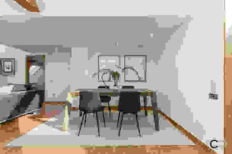 Sala da pranzo moderna di CCVO Design and Staging Moderno