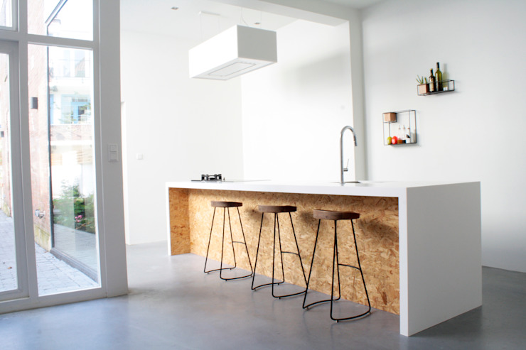 Woonhuis Regentes van Bruusk architecten Minimalistisch Kunststof