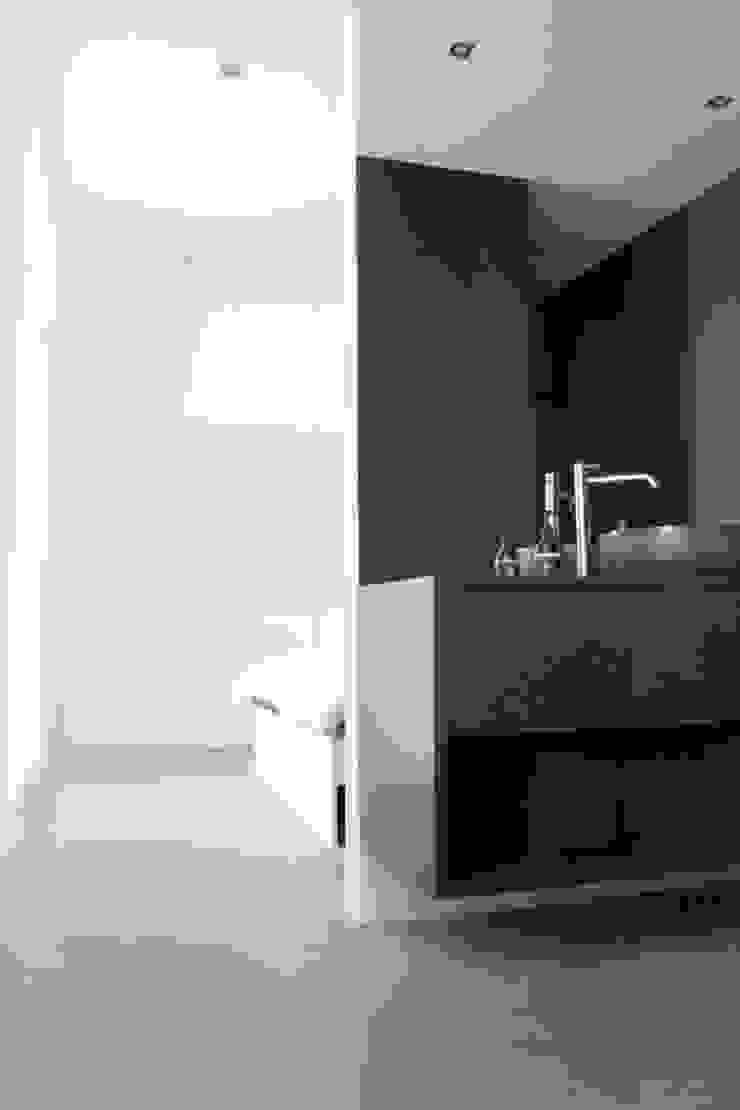 Woonhuis Regentes Minimalistische slaapkamers van Bruusk architecten Minimalistisch MDF