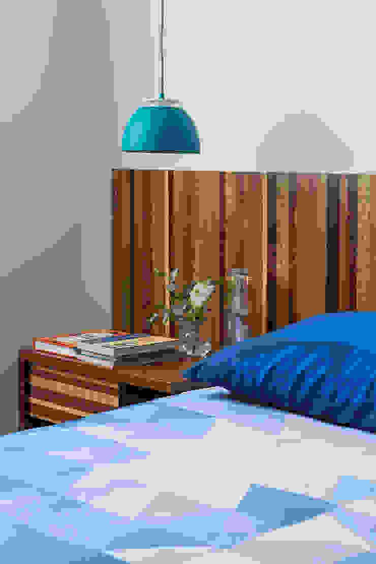 Modern style bedroom by Estúdio Paulo Alves Modern