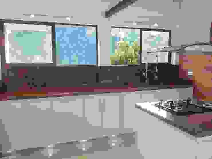 Cocinas integrales Hermosas Omar Interior Designer Empresa de Diseño Interior, remodelacion, Cocinas integrales, Decoración Cocinas integrales Madera Blanco