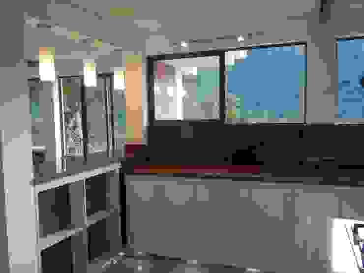 by Omar Interior Designer Empresa de Diseño Interior, remodelacion, Cocinas integrales, Decoración Сучасний Граніт