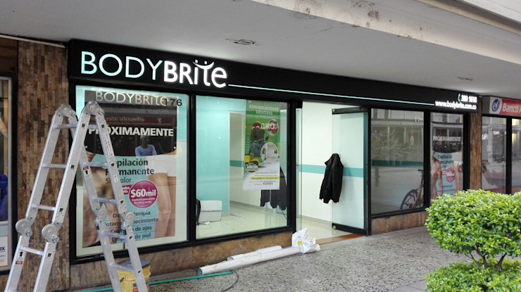 LOCAL COMERCIAL BODYBRITE CENTRO INTERNACIONAL de DOCTOR SOLUCION COLOMBIA