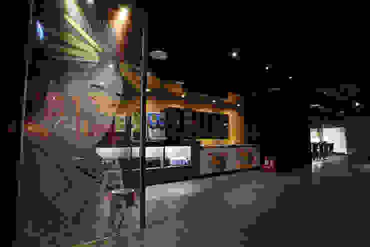 日式料理-商業空間 根據 天埕設計 工業風 玻璃