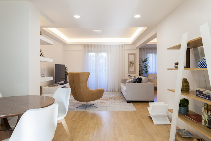 Living room by Traço Magenta - Design de Interiores