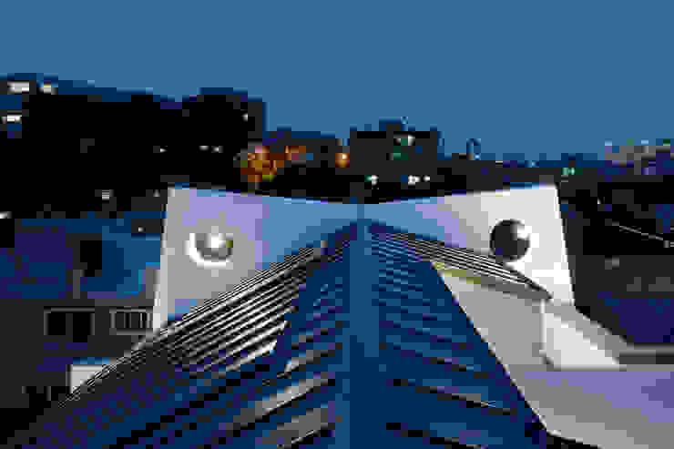 성산동 고양이집 by 에이오에이 아키텍츠 건축사사무소 (aoa architects) 모던