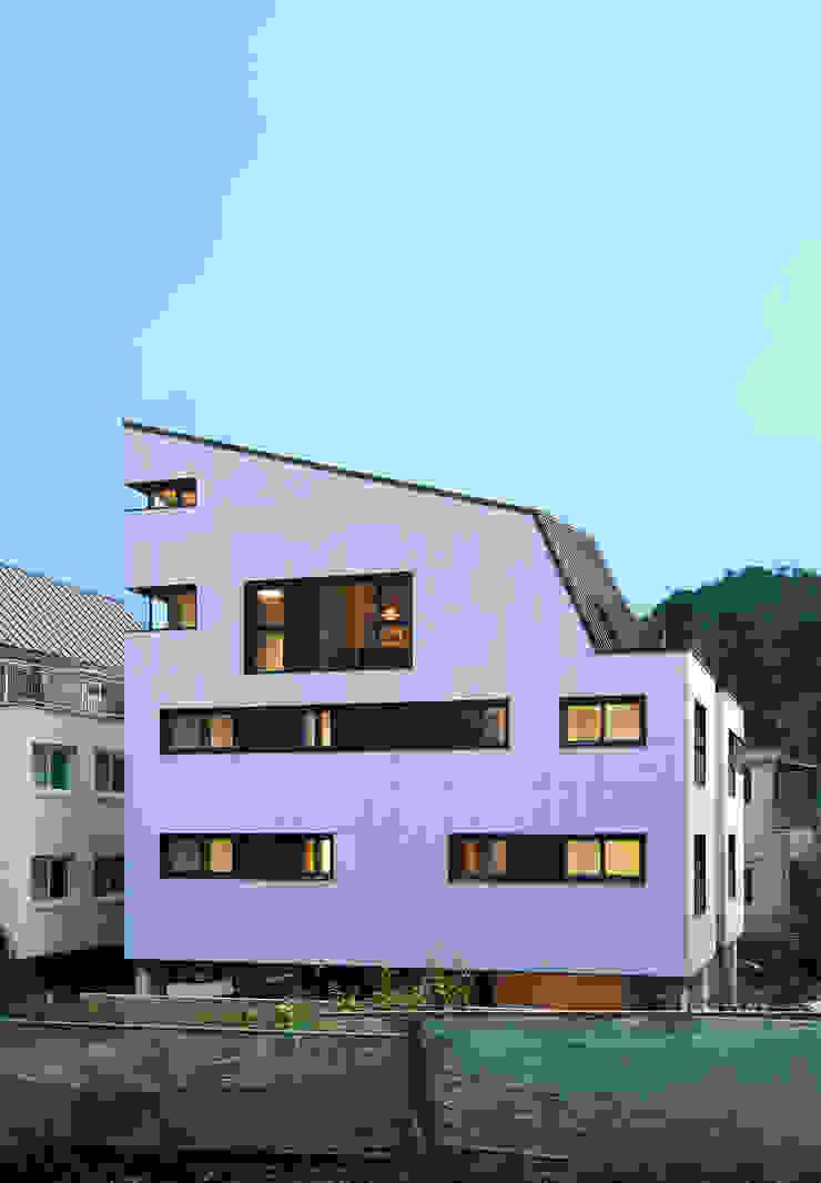 과천 영서현 모던스타일 주택 by 소수건축사사무소 모던